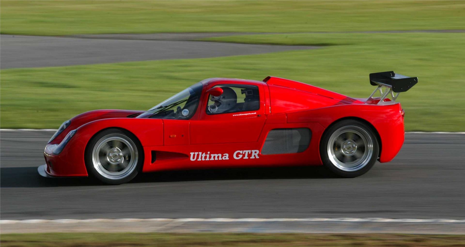 Ultima GTR Skidpan